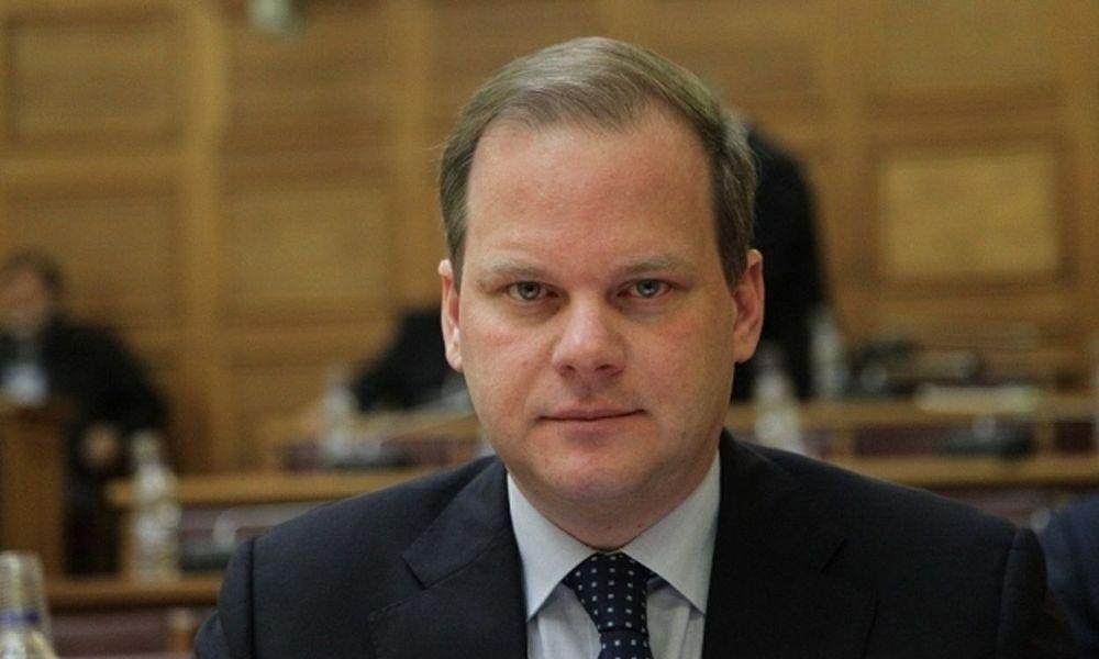 Aktionær og BoD i et offshore-selskab i PANAMA, er den græske minister for infrastruktur og transport, Kostas Ach. Karamanlis (Nea Demokratia)