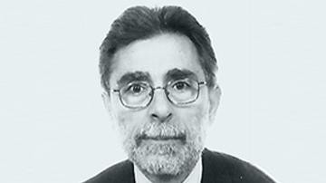Ο εισαγγελέας Γιώργος Κτιστάκης διαχειρίστηκε πολλές υποθέσεις ως εισαγγελέας, η θητεία του έληξε άδοξα με την υποχρεωτική πρόωρη συνταξιοδότηση του όταν συνδέθηκε το όνομα του με την τρομοκρατική οργάνωση και υποθέσεις διαφθοράς σε νησιά όπου υπηρέτησε, Λέσβο και Ρόδο.